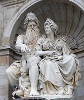 Vienna-Photo-Post-Fountain-1